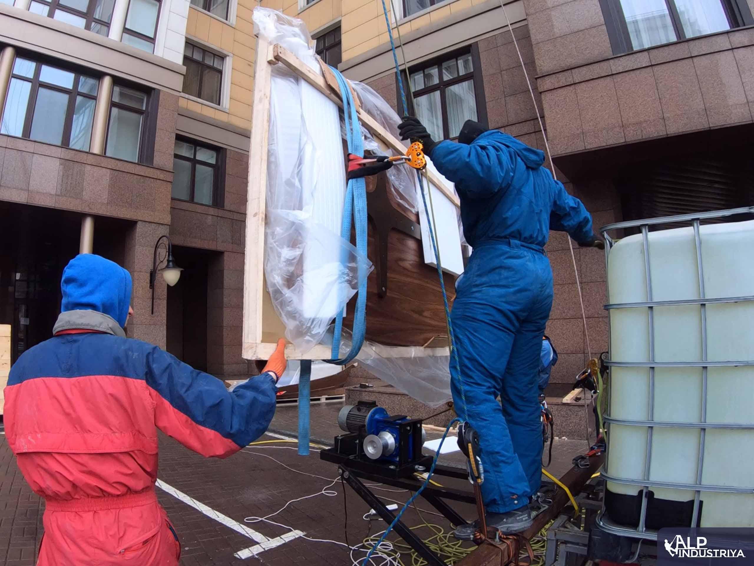 Поднимаем деревянную столешницу методом промышленного альпинизма-3