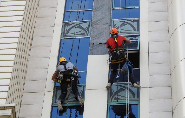 Монтаж вентилируемых фасадов Киев.