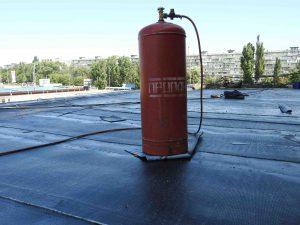 Ремонт крыши еврорубероидом.