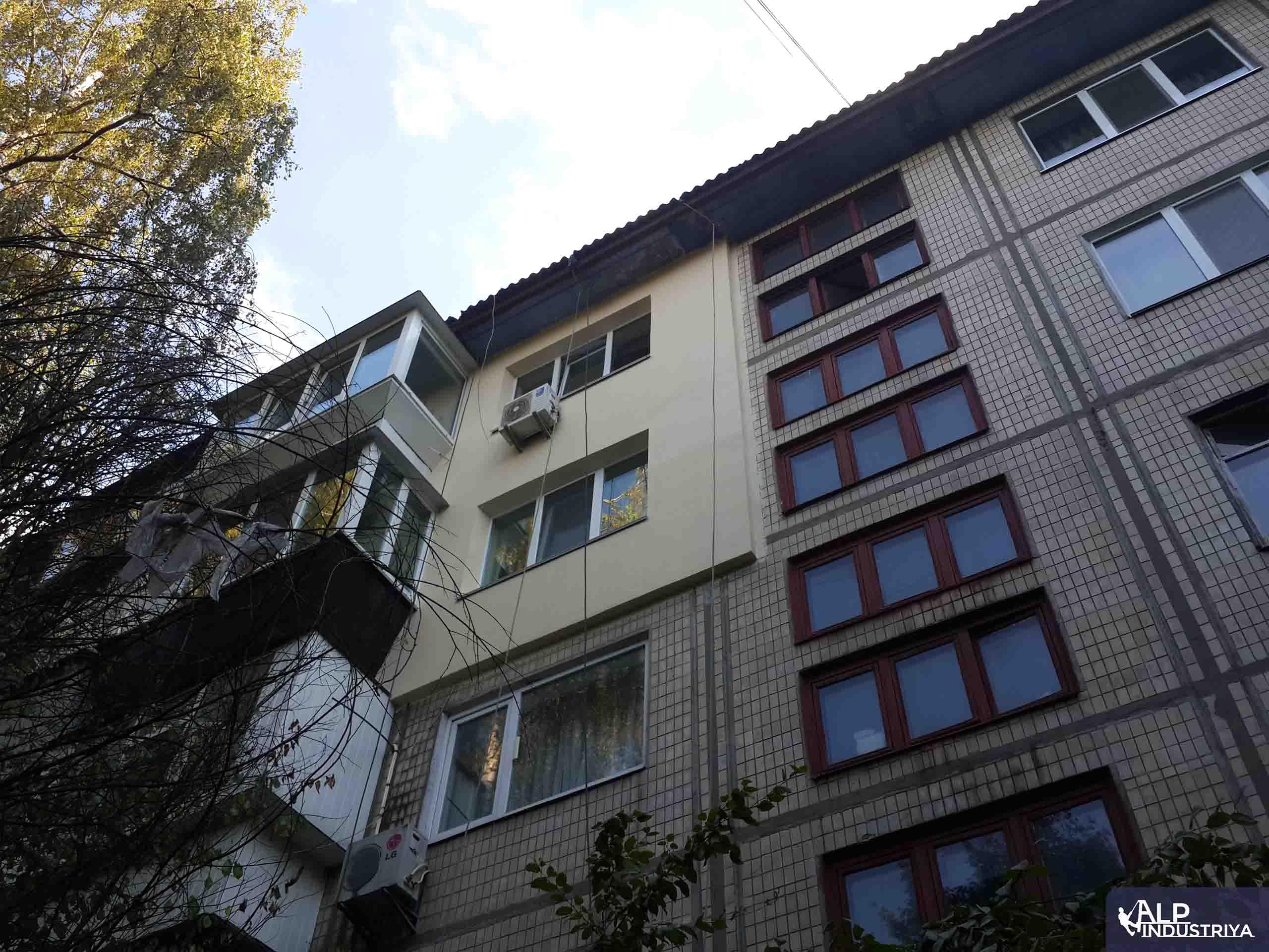 Утепление фасада квартиры на высоте пенопластом-6