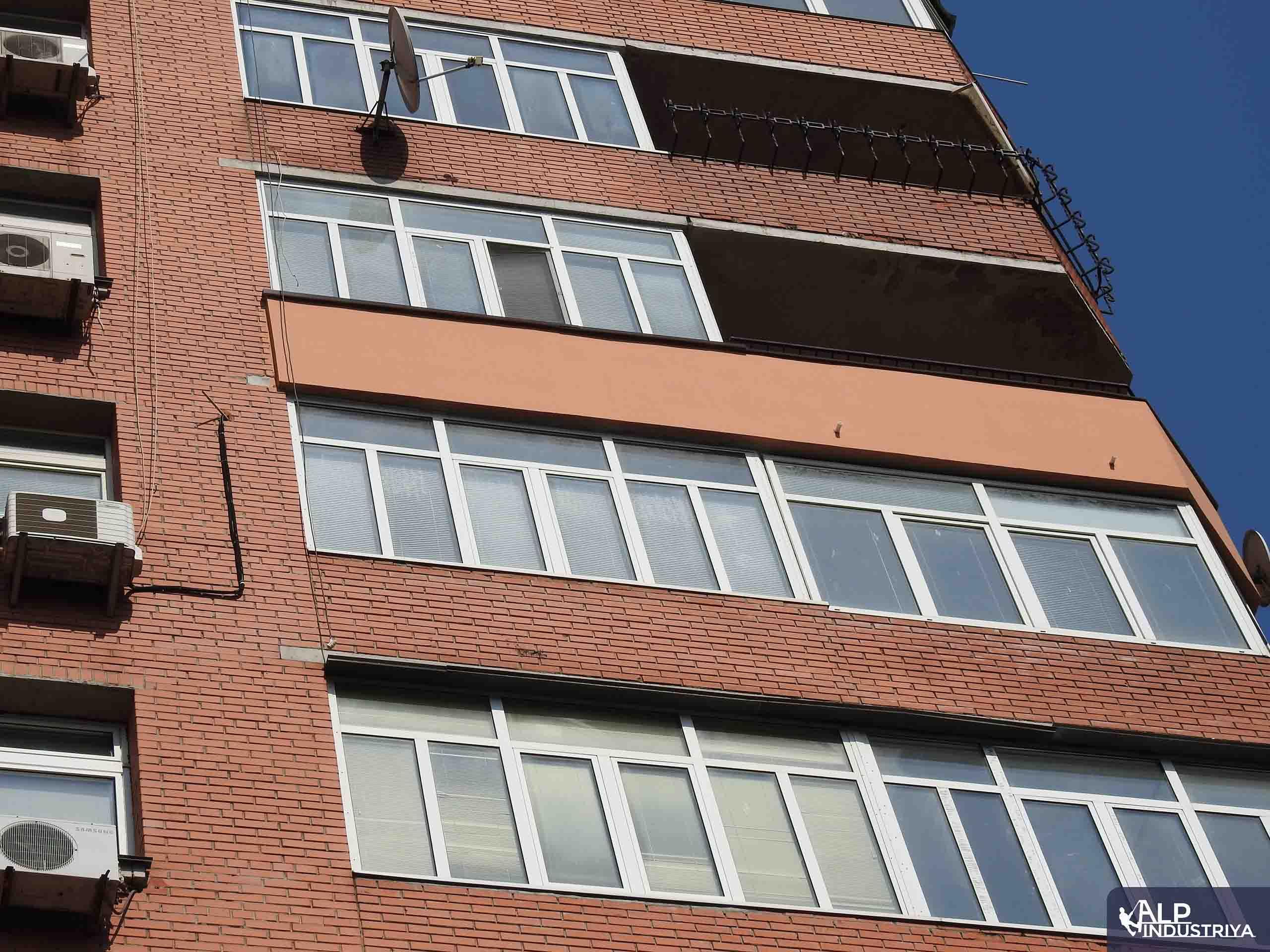 Утепление лоджии на высоте снаружи здания-2