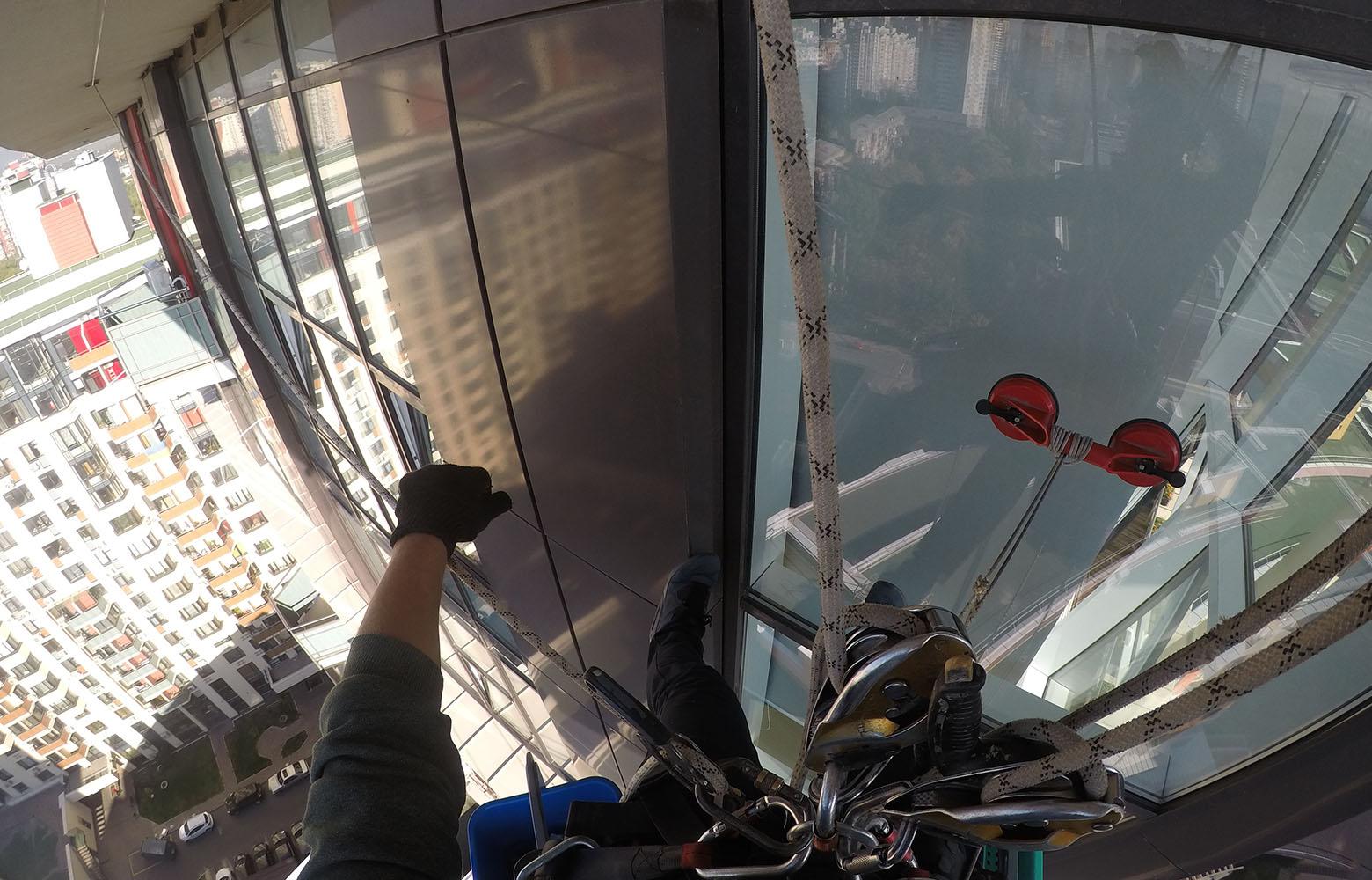 Мойка окон на ЖК Сонячна брама 1