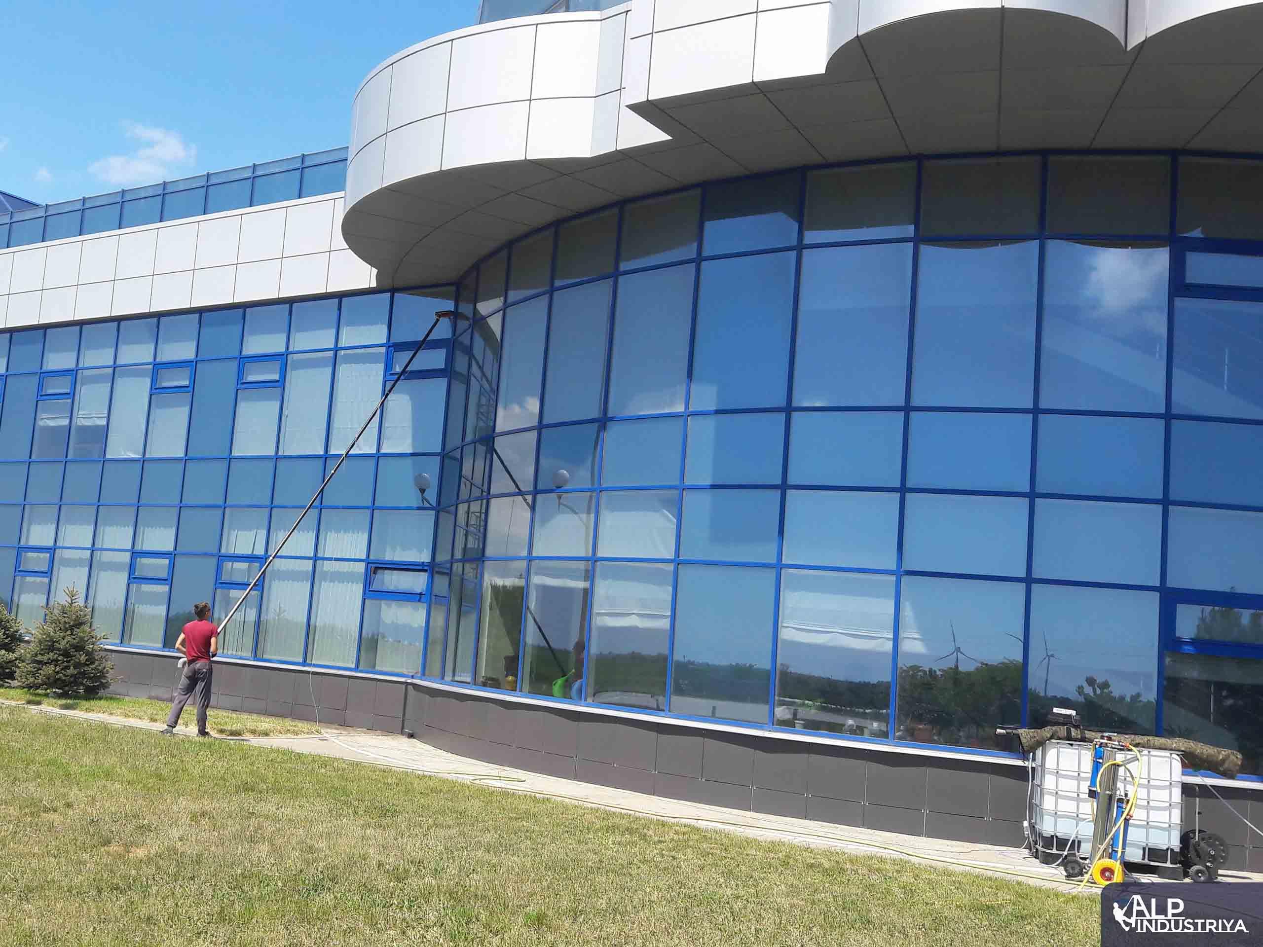 Фасад вымытый пураклином 2.0