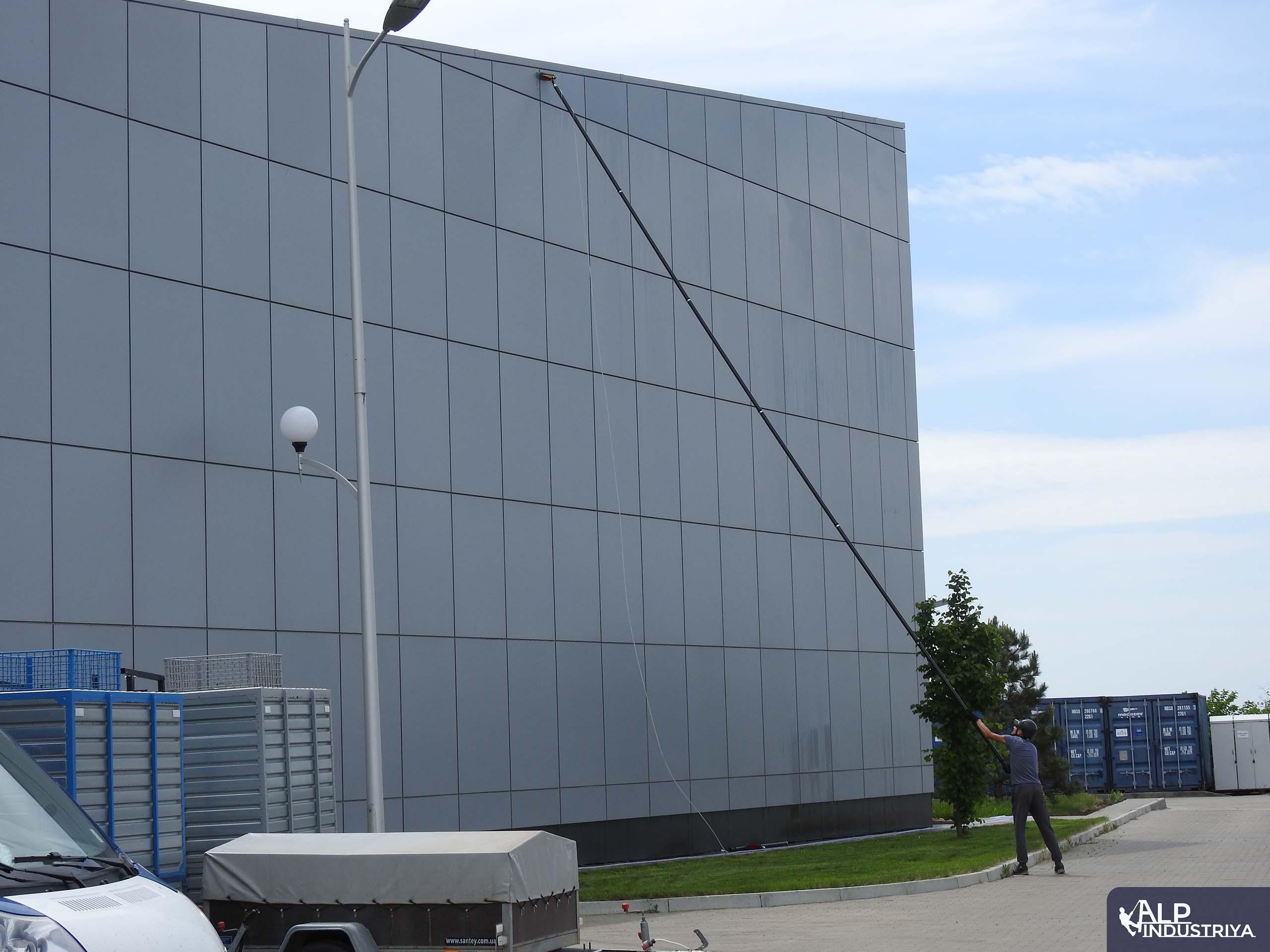 Фасад вымытый пураклином 5.0