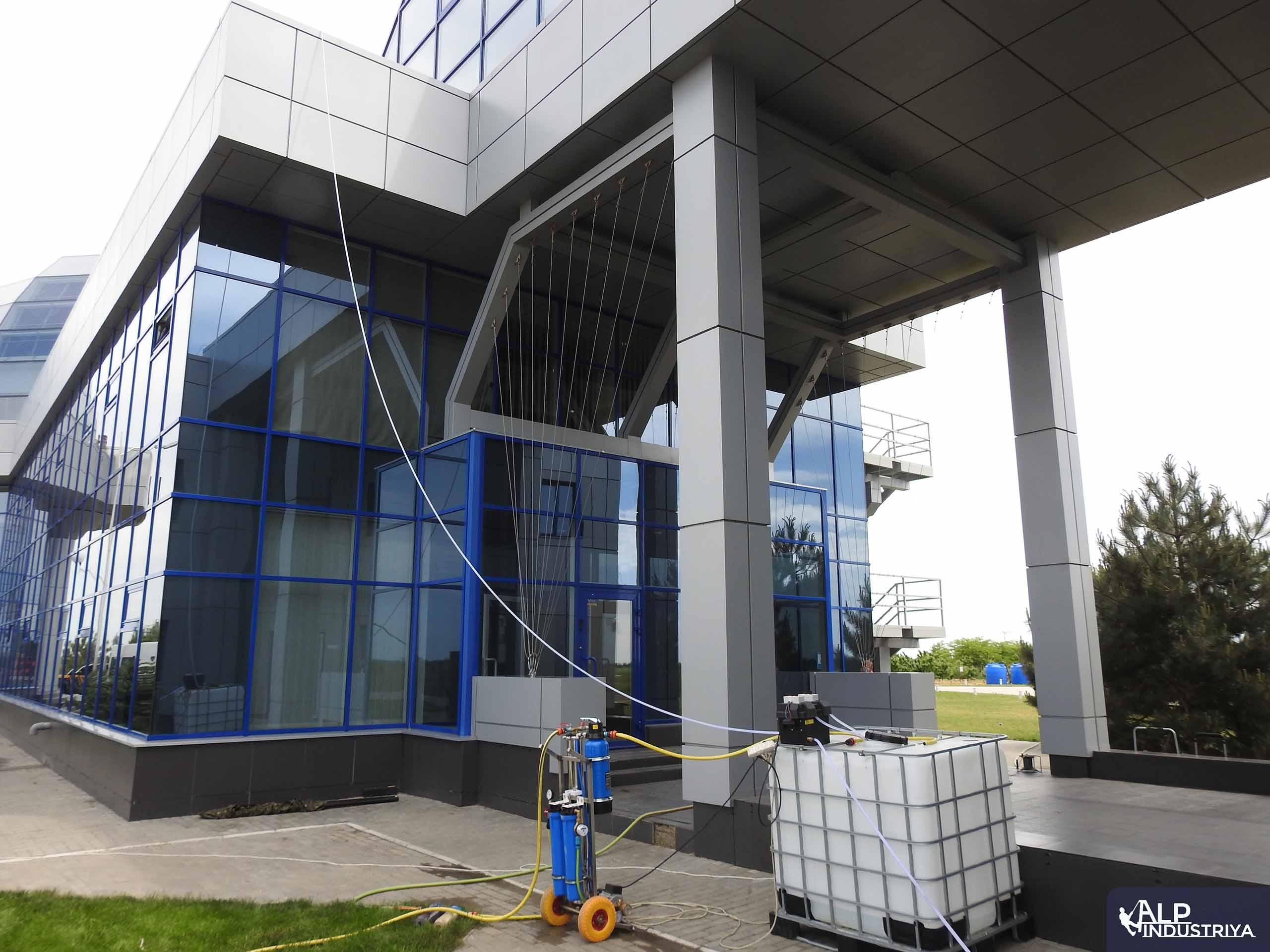 Фасад вымытый пураклином 7.0